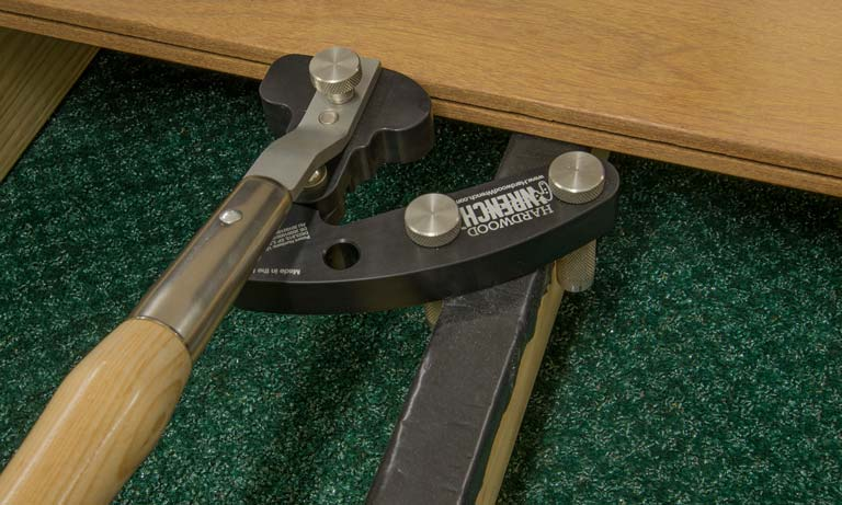Hardwood Wrench Home Page Deck Board Straightening Tool